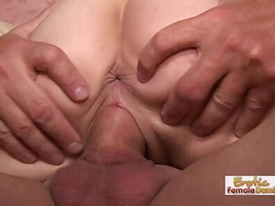 Nicole gets a taste of creamy cum on her face