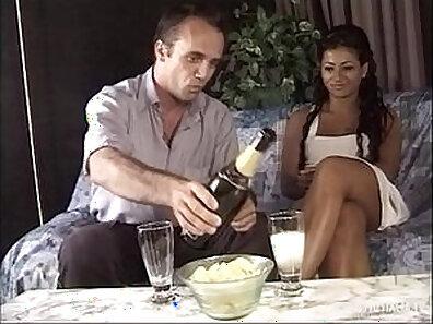 Jolera Fontana in anal sex action