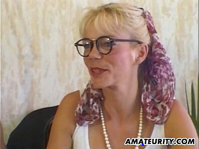 amateur milf anal sex cock takes a load of cum