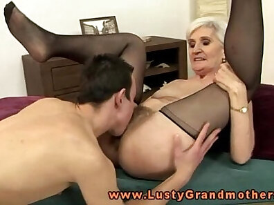 Blonde Mature Shyla Games Deep Mouth and Granny
