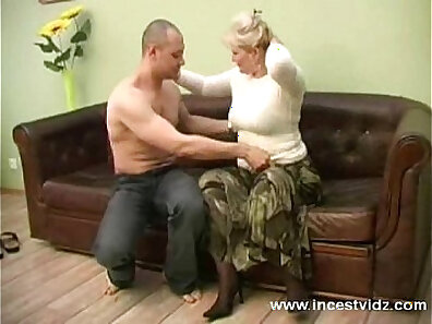 Young hot blonde mother mea culo