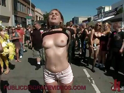 Butt plug for curvy babe gets plowed missionary easily