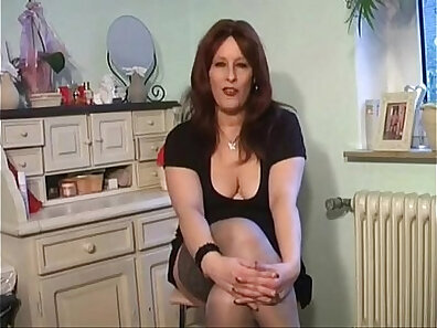 MILFs and Mature White Girls Bust In Orgasm Video