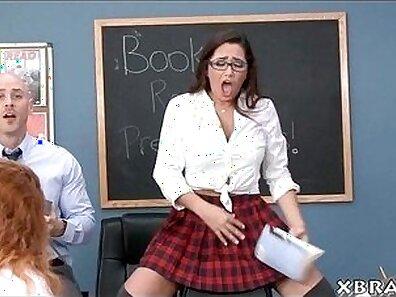 Young Teen sucking cock of Teacher Aoi Nagasomi during activities for Ai Modern Schoolgirl In Shibuya Girls