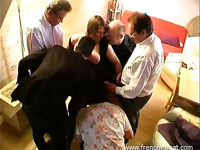 Amateur wife first French gangbang