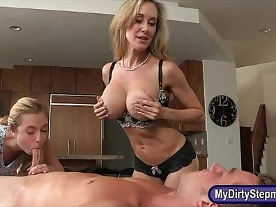 Thick sexy stepmom Mika is fucked in threesome action