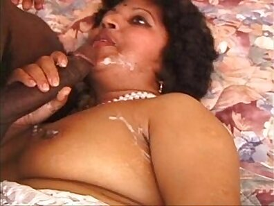 MILF Fucked by black Guy from Extreme Long G