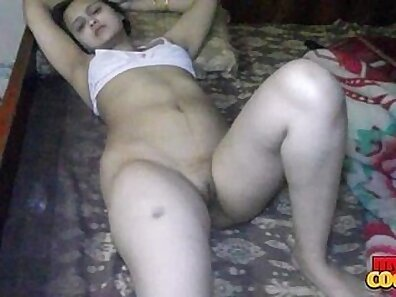 Sexy Housewife Spreads Legs for Rough Humping