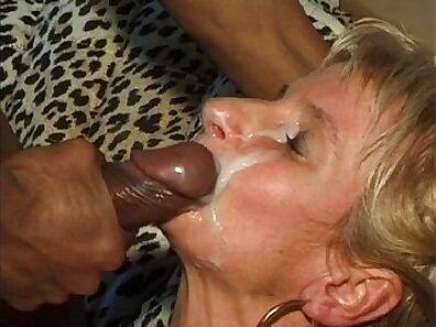 Orgia Interracial orgy In this very rough scene where Sarah is spewing fake cum