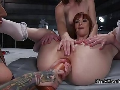 Lesbian masseur impaled and gets anal penetration