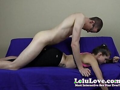 Buxom horny ass sex bomb with strong legs gives her lover the best blowjobs ever