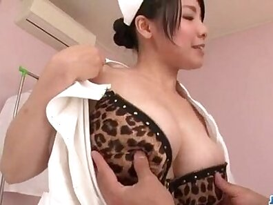Cute Asian patient pussy worshiping doctors cock