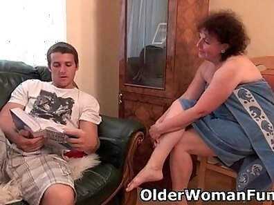 Chubby granny gets her mouth drilled by her stud