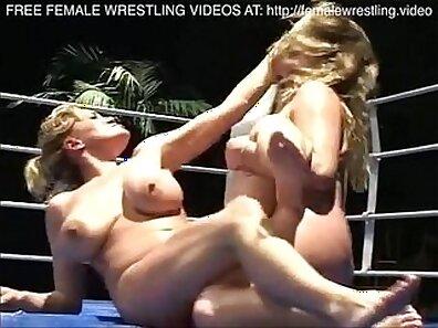 Huge boobs lesbian skinny cuckold