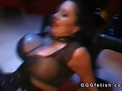 Big boob slut makes dude pleased with anal fuck of two course