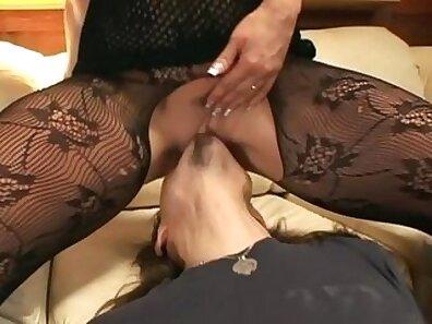 Cute blondie in pantyhose enjoys oral sex