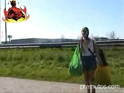 Native german teen amateurs fucked for some cash