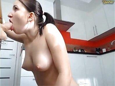 Cam Slut Deepthroat Finisher