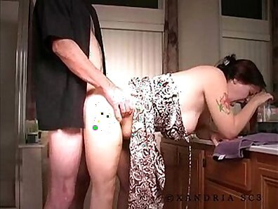 Amateur couple have some wild anal sex at home - CamTapexXx