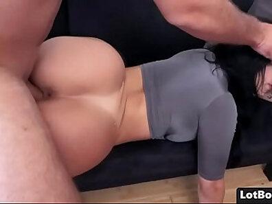 Beautiful Latina Girl w Chubby Butt Fuck