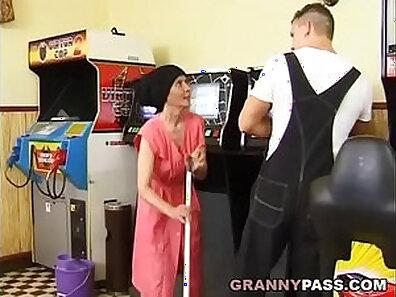 Busty granny fucked in hotel room