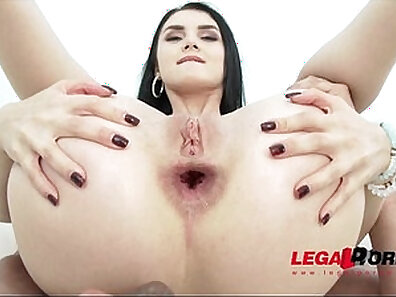 Crazy gals Alyssa and Cosima Are Horny and anal